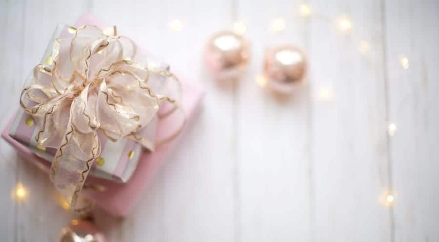 Last-Minute Beauty Christmas Gift Ideas for City Skin Clinic London